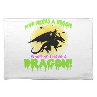 Halloween dragon tee placemat