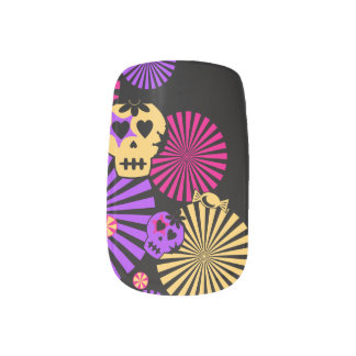 Halloween Girly Skull w/ bow Nail Art
