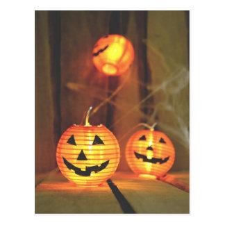 Halloween jack-o-lanterns postcard