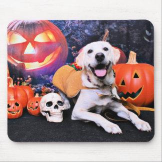 Halloween - Labrador - Macy Mouse Pad