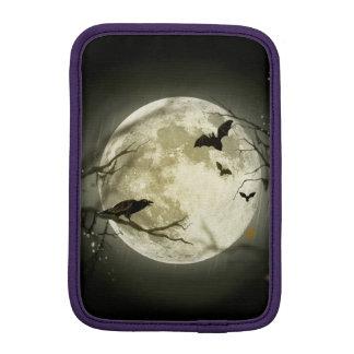 Halloween moon - full moon illustration iPad mini sleeve