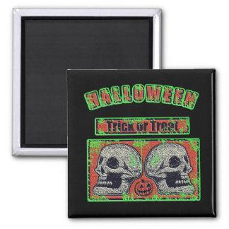 Halloween Skulls -Trick Or Treat Worn Green Square Magnet