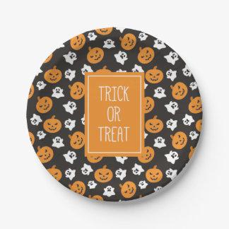 Halloween Trick or Treat Cute Skulls. Paper Plate