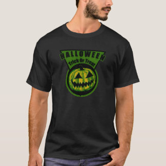 Halloween -Trick Or Treat Triangle Green T-Shirt