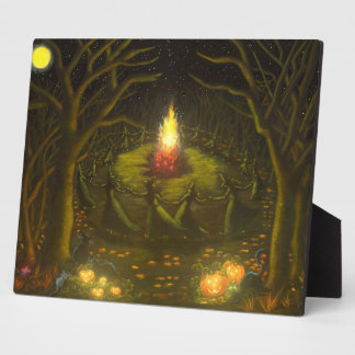 Halloween witches around bonfire easel back art plaque