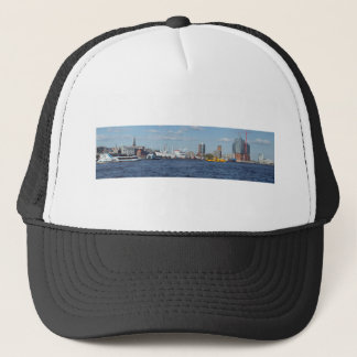 Hamburg panorama trucker hat