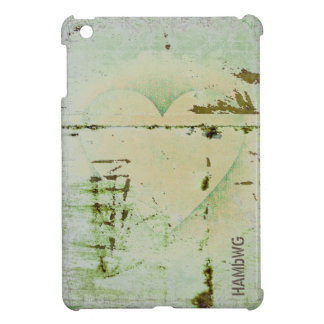 HAMbyWG -Hard Case - Distressed Heart iPad Mini Case