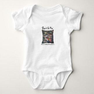 HAMbyWhiteGlove Snap T-shirt - Koi