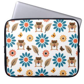 Hamster & Sunflower Seamless Pattern Laptop Sleeve