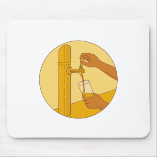 Hand Holding Glass Pouring Beer Tap Circle Drawing Mouse Pad