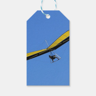 Hang glider in the sky gift tags
