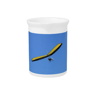 Hang glider in the sky pitcher