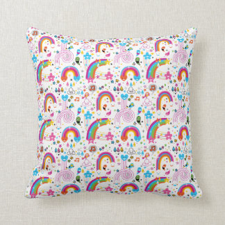 Happy Cartoon Rainbows and Shapes Seamless Pattern Throw Pillow