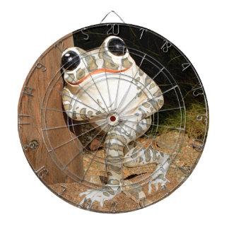 Happy frog with big eyes dartboard