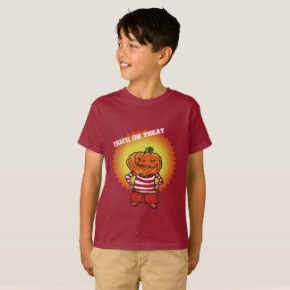happy halloween trick or treat pumpkin boy T-Shirt