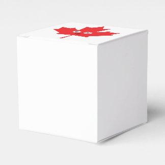 Happy Maple Leaf Favor Box