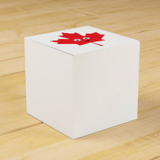 Happy Maple Leaf Wedding Favor Boxes