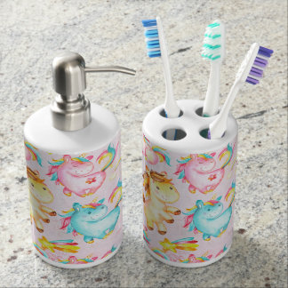 Happy Unicorns Pattern-Unicorn Love in Pink Soap Dispenser And Toothbrush Holder
