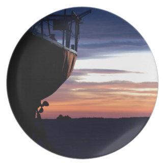 Harbor Sunrise Party Plate