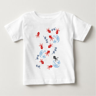 < Harmony handle goldfish >Goldfishes of Japanese Baby T-Shirt