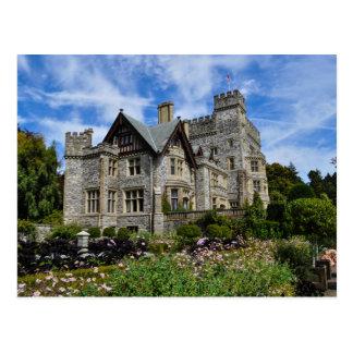 Hatley castle, Victoria, Canada Postcard