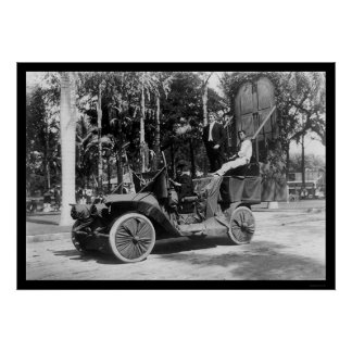 Hawaii Festival Float with Yale Pennant 1912 Poster