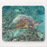 Hawaii Honu Turtle Mousepad