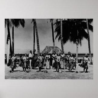 Hawaii - Line of Hula Girls Dancing Poster