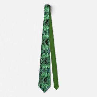 Hawaiian Ferns Tie