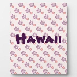 Hawaiian flower pink and purple plaque