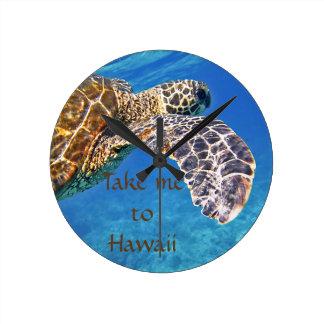 Hawaiian Sea turtle swimming Clocks