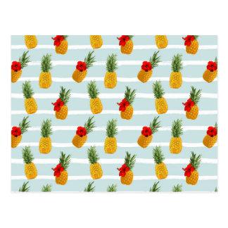 Hawaiian Summer Pineapple Seamless Pattern Postcard