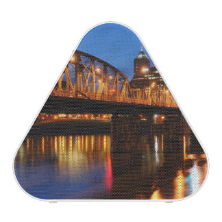 Hawthorne Bridge Blueooth Speaker