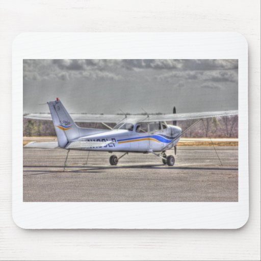 HDR Airplane Tied Pointed to Fly Mouse Pads