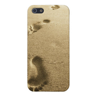 He is carrying you II iPhone 5 Cover