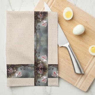 Heade Hummingbird Birds Floral Trim Kitchen Towels