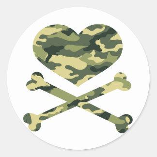 heart and cross bones light camo round sticker
