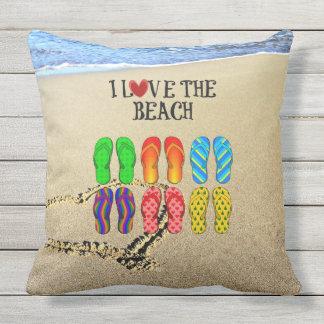 Heart drawn in the sand, I Love the Beach Throw Pillow