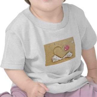 heart in the sand with shells tshirt