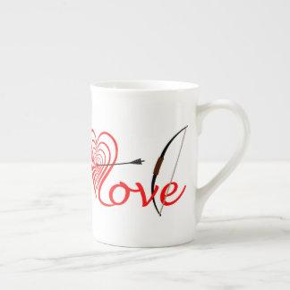 Heart love Dartscheibe with arrow and sheet Tea Cup