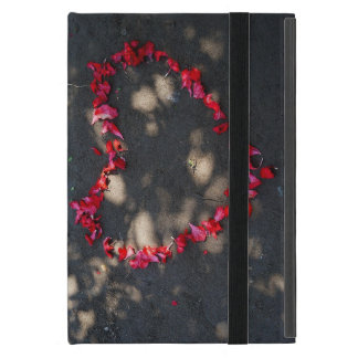 heart made by natural red roses, black background case for iPad mini