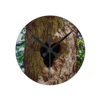Heart Tree Round Clock