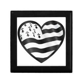 Heart with Bretin flag inside Gift Box
