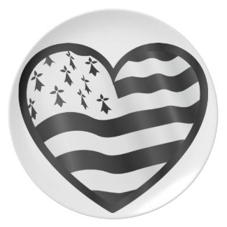 Heart with Bretin flag inside Plate