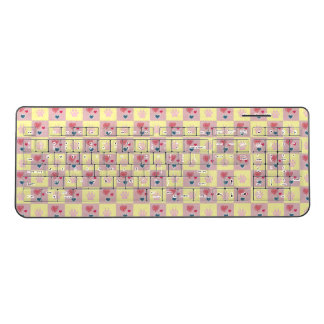 Hearts and Paw Prints Checkerboard Pattern Wireless Keyboard