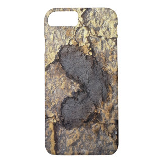 hearts everywhere iPhone 7 case
