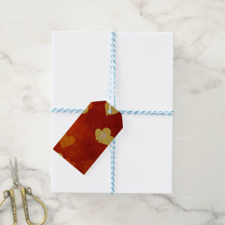 hearts on smooth red on a gift tag