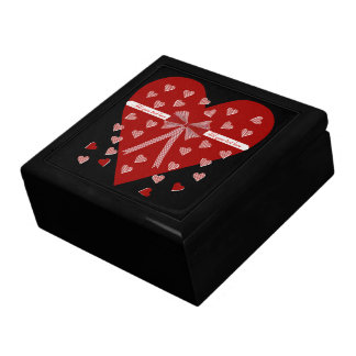 Hearts, stripes and bow gift box
