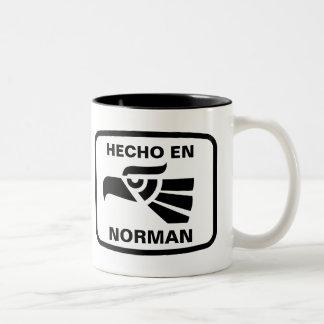 Hecho en Norman personalizado custom personalized Two-Tone Coffee Mug