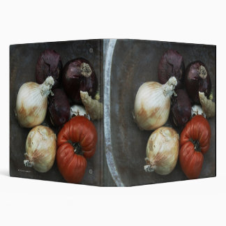 Heirloom tomato, yellow onion, red onion, ginger 3 ring binders